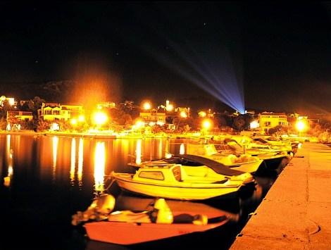 Večerní přístav na Thassosu